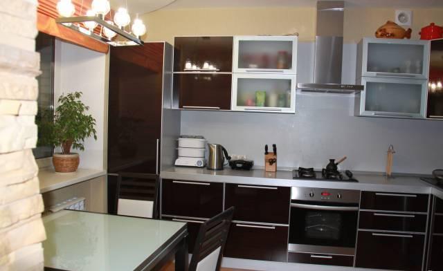 Продается 3-комнатная квартира, общая115, обнинск, ул.заво.